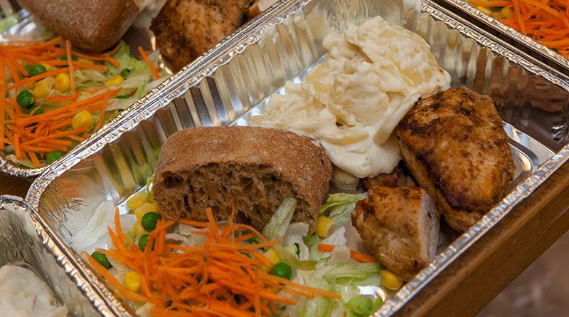 kylling-og-floedekartofler-kantinen